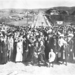 1911Crowd_LeeKemfPrint_b80_c40