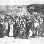 1911Crowd_LeeKemfPrint_b80_c40_s