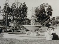 Note Card: Image of original photo of the original fountain
