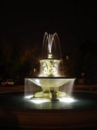Note Card: Image of photo of fountain at night
