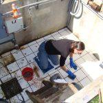 Sara_CleaningVaultTiles_4Mar2015_s_5261